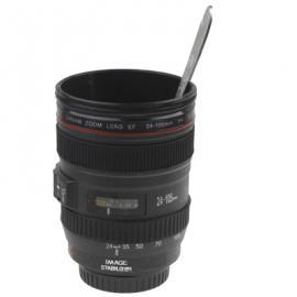 Cana in forma de obiectiv Canon 24-105mm